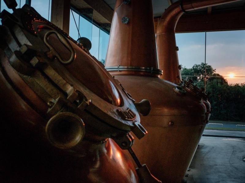 The distillery has three technologically advanced nano-copper pot stills. Credit: Na Cuana.