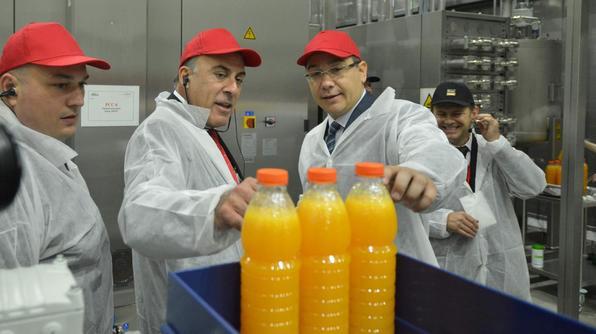 Coca - Cola bottling line